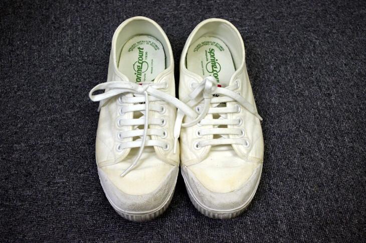 白いスニーカーの黄ばみを取る (3)