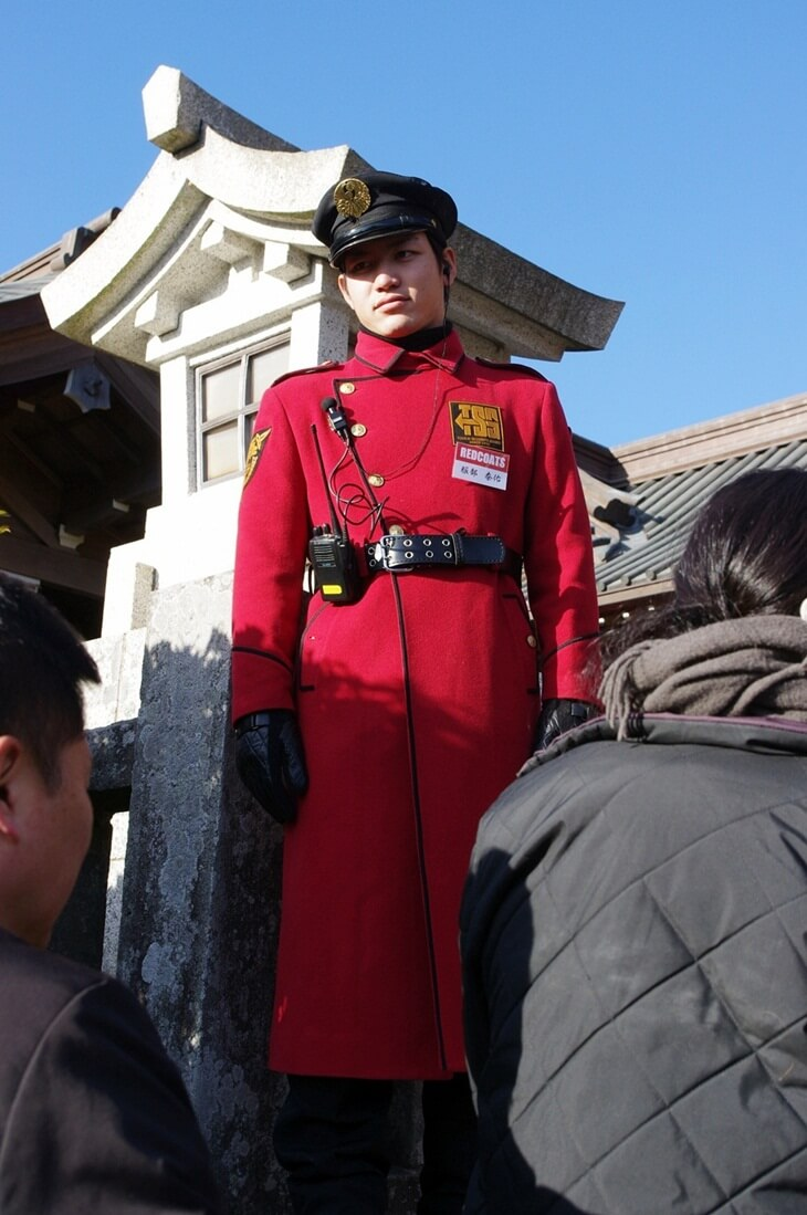 鶴岡八幡宮の警備員 (1)