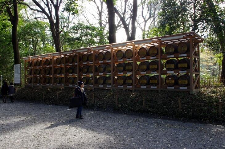 明治神宮のウィスキーの樽 (4)