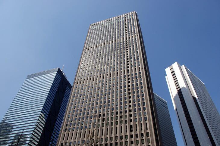 西新宿超高層ビル街