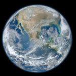 宇宙から見た美しい地球にどうぞうっとりしちゃって下さいな映像。