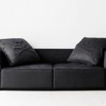 今度こそマスターマインド・ジャパン最期のコラボ?mastermind JAPAN x BUILDING のブラックソファが麗しい 。