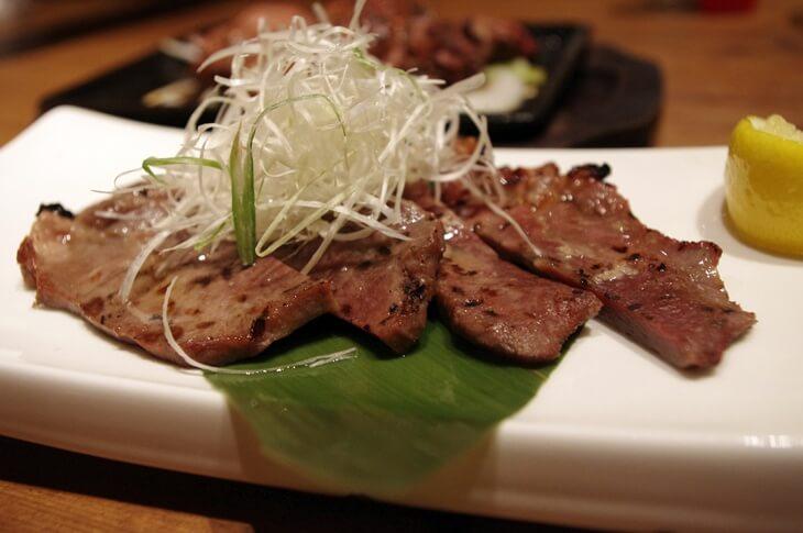 名物もも焼 大山 豊洲店 牛タン焼き (3)