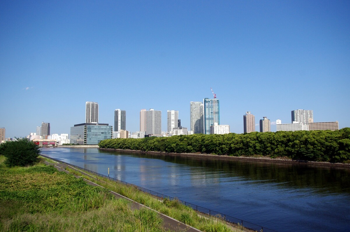 東雲の街  (1)