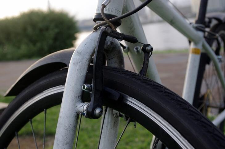 自転車前輪ブレーキ Bicycle brake ...