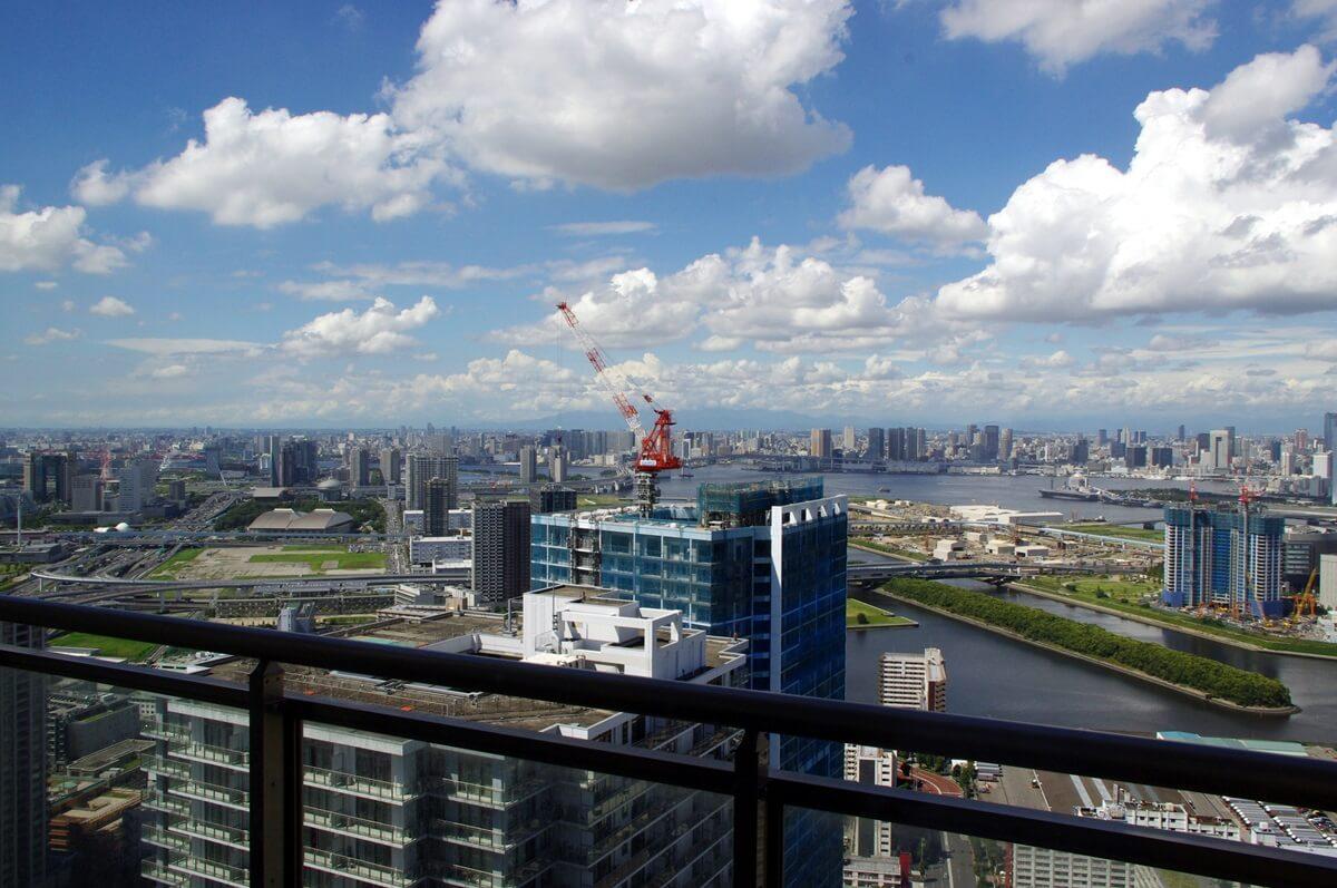東雲のタワーマンションからの有明・お台場方面の眺望 (3)