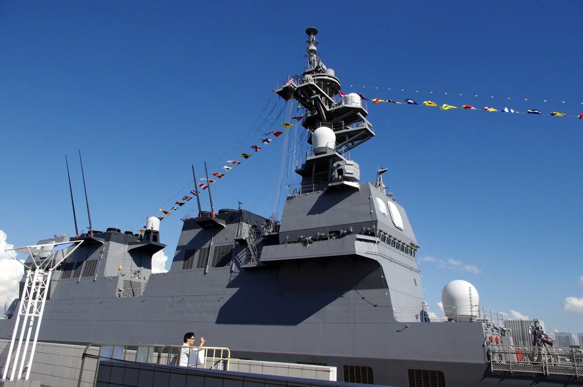 晴海埠頭ターミナルに停泊する米海軍護衛艦 (6)