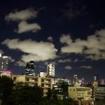 都内屈指の絶景ポイント:六本木ヒルズから眺める夜の東京タワー