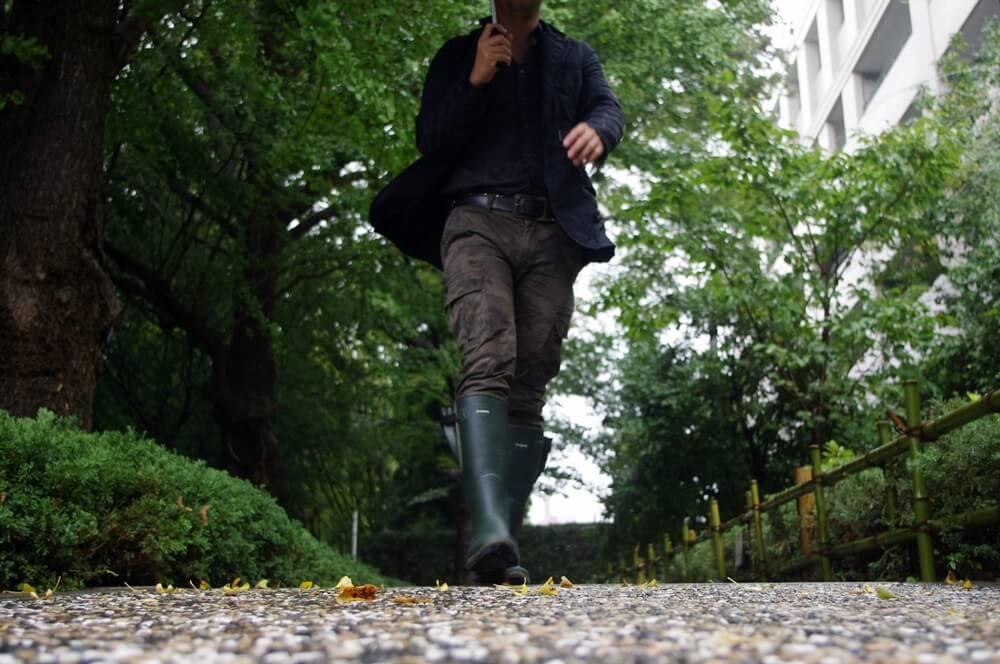 雨の日はユニクロのカーゴパンツとルシャモーのレインブーツ (2)