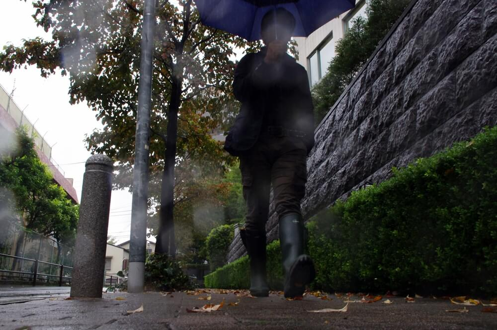 雨の日はユニクロのカーゴパンツとルシャモーのレインブーツ UNIQLO & LE CHAMEAU