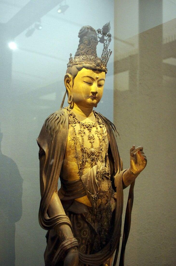 菩薩立像 (2)