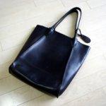 金子薫OPトートバッグを初めてラナパーで磨くデス。