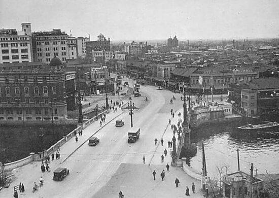 昭和8年(1933年)の日本橋