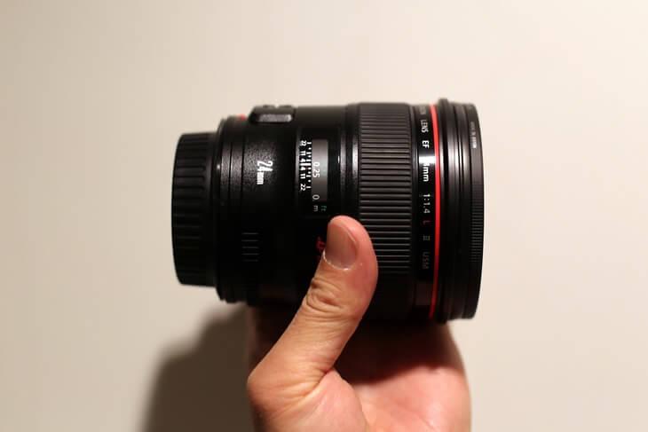 キャノン 単焦点レンズ Canon EF24mm F1.4L II USM (4)