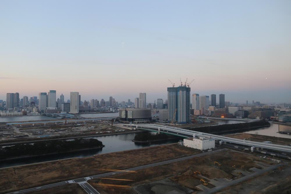オリゾンマーレ 27Fラウンジから眺める東京湾 (4)