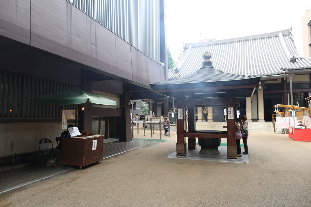 とげぬき地蔵尊 高岩寺 原田耳かき店(原田商店)