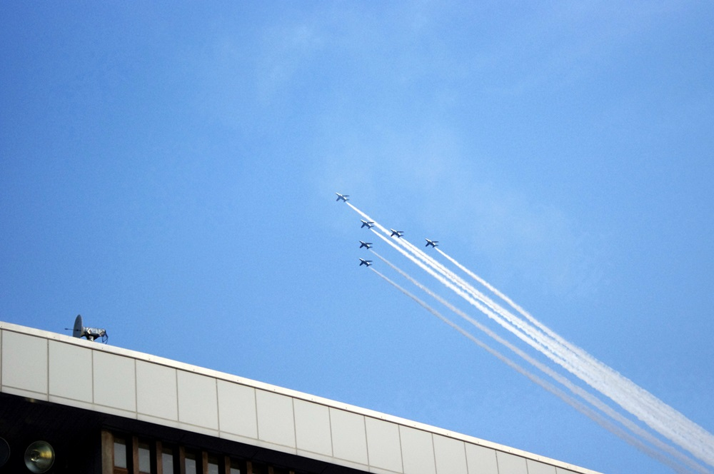 ブルーインパルス さよなら国立競技場 SAYONARA FOR FUTURE  blue inpuls and National Olympic Stadium (16)