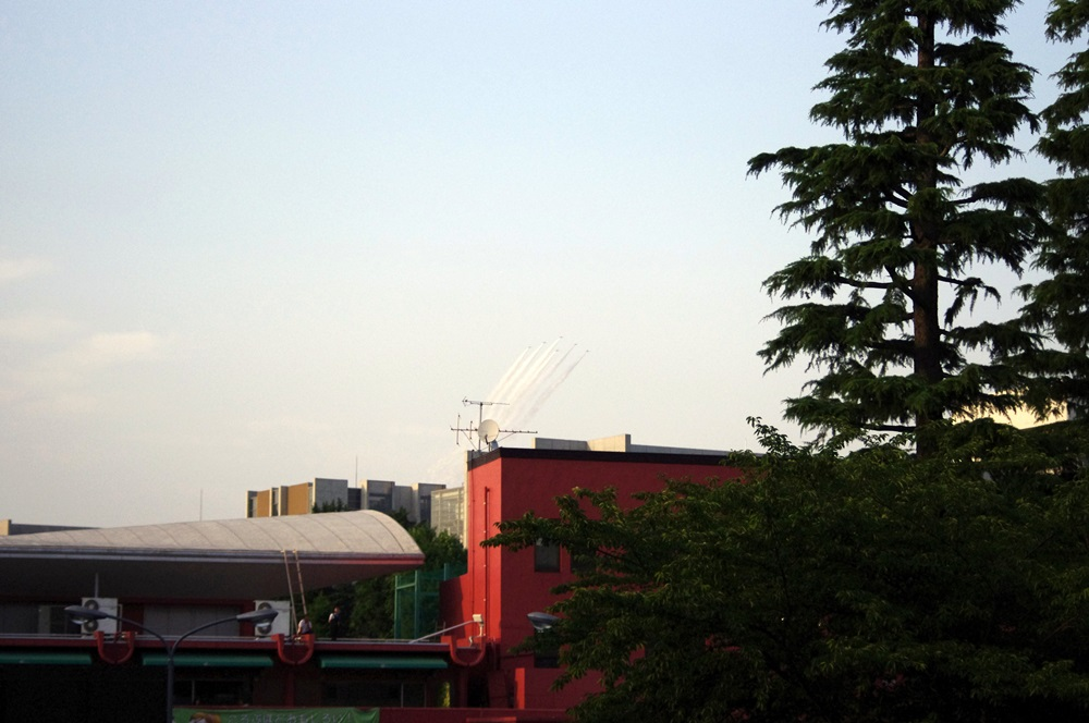ブルーインパルス さよなら国立競技場 SAYONARA FOR FUTURE  blue inpuls and National Olympic Stadium (4)