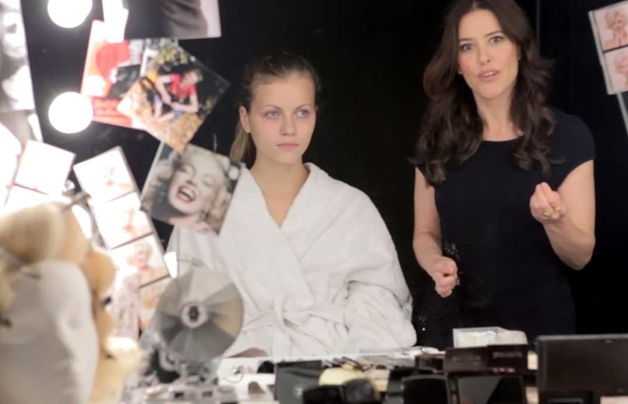 マリリン・モンロー メイクアップ Marilyn Monroe - Iconic Make-up Look (2)