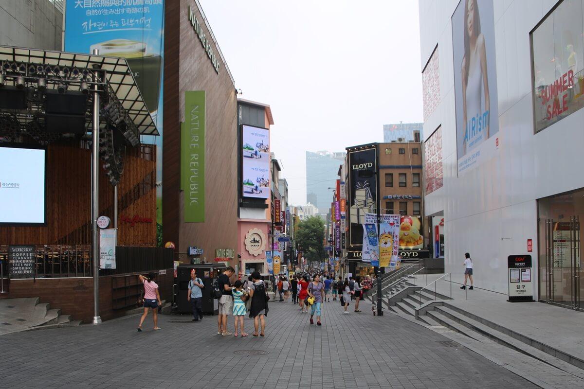 明洞 ミョンドン Myeong-dong (2)