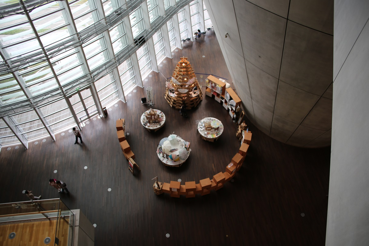 国立新美術館 THE NATIONAL ART CENTER-TOKYO (8)