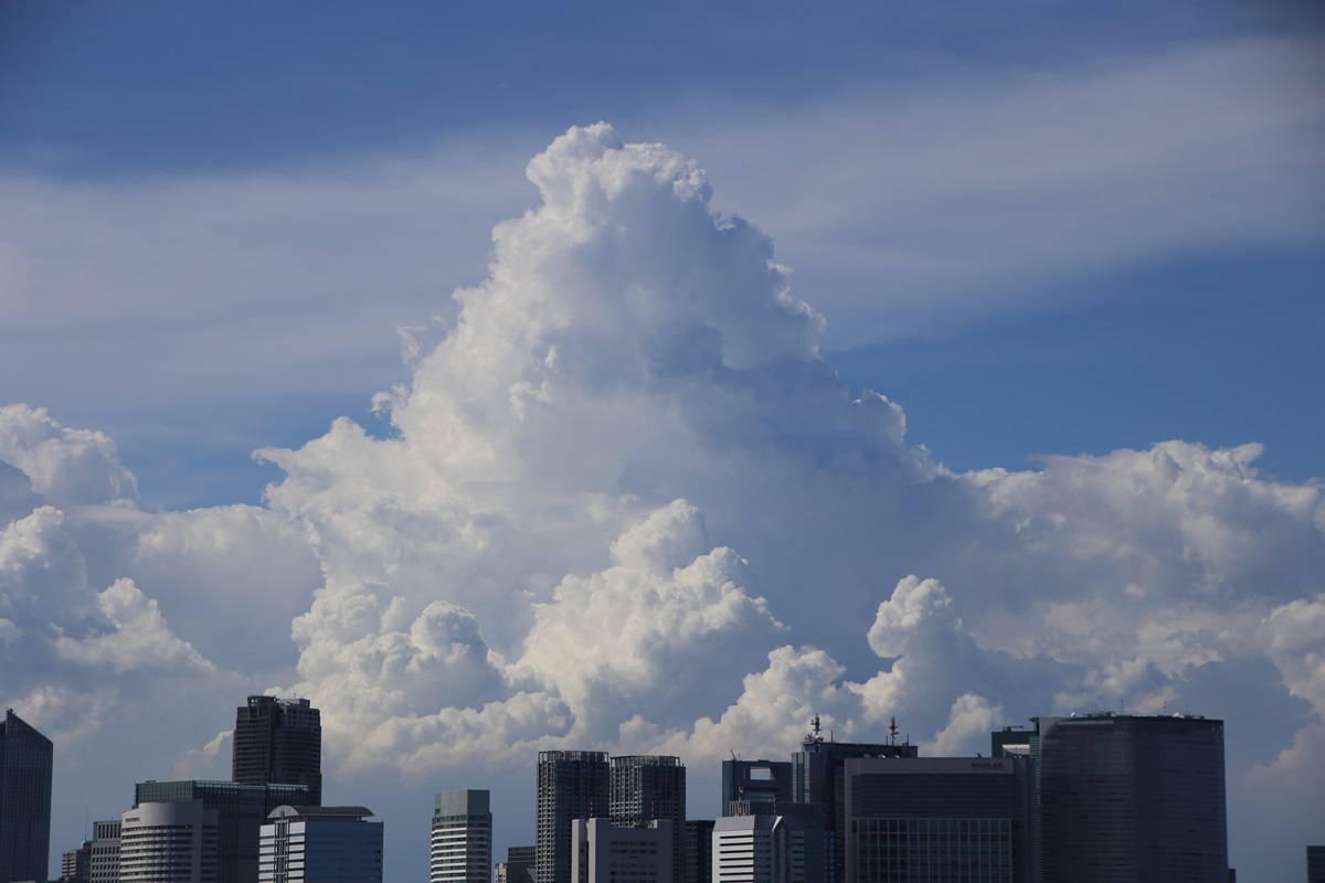 東京湾から眺める埼玉方面の積乱雲 tokyo bay cumulonimbus (10)