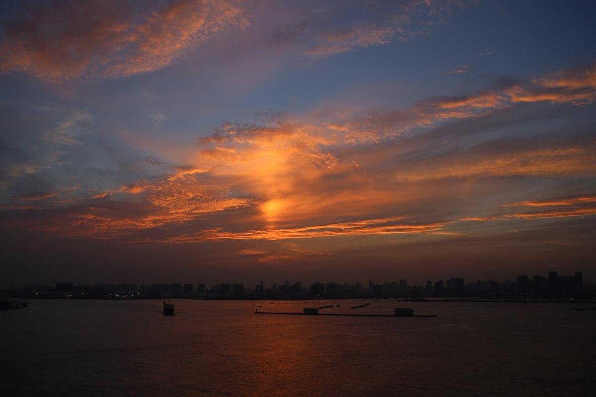 若洲海浜公園から見た東京湾の夕日 wakasu  the sunset (2)
