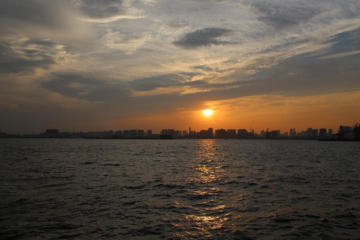 若洲海浜公園から見た東京湾の夕日 wakasu  the sunset (4)