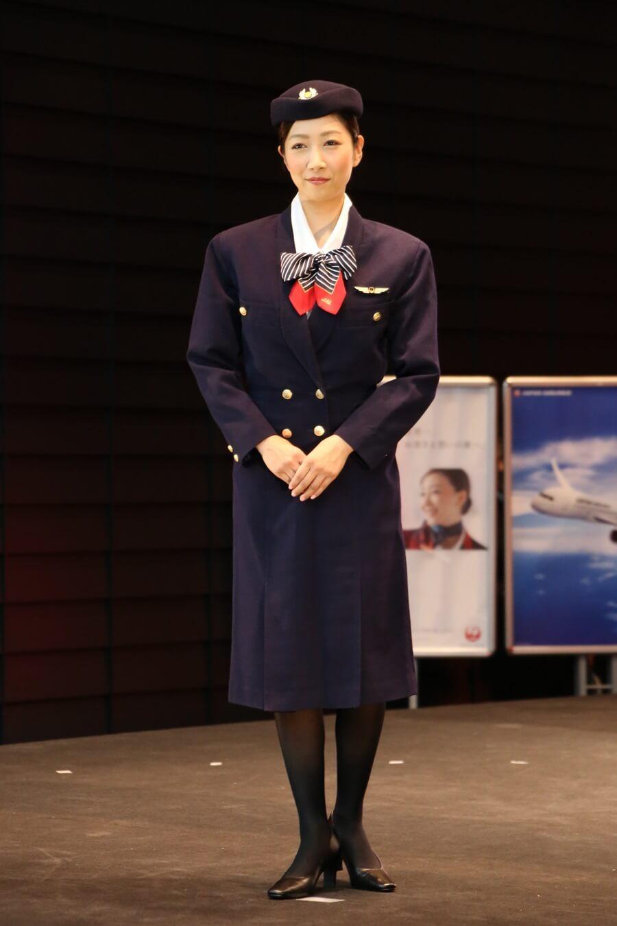 日本航空7代目制服 JALとJEX客室乗務員歴代制服ファッションショー 客室乗務員 スチワーデス 歴代ユニフォーム 制服 空の日フェスティバル JAL fashion show (1)