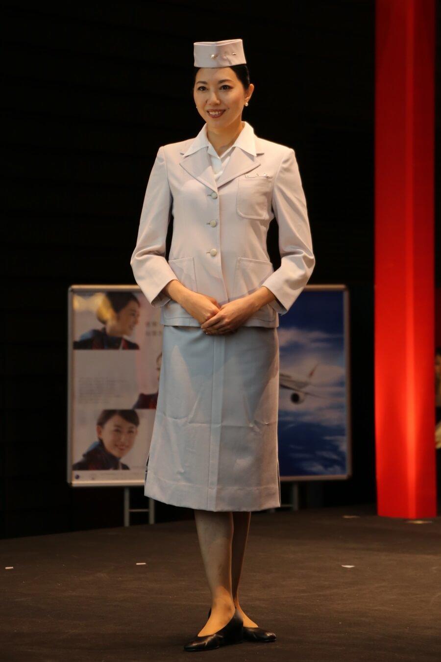 日本航空初代制服 JALとJEX客室乗務員歴代制服ファッションショー 客室乗務員 スチワーデス 歴代ユニフォーム 制服 空の日フェスティバル JAL fashion show (14)