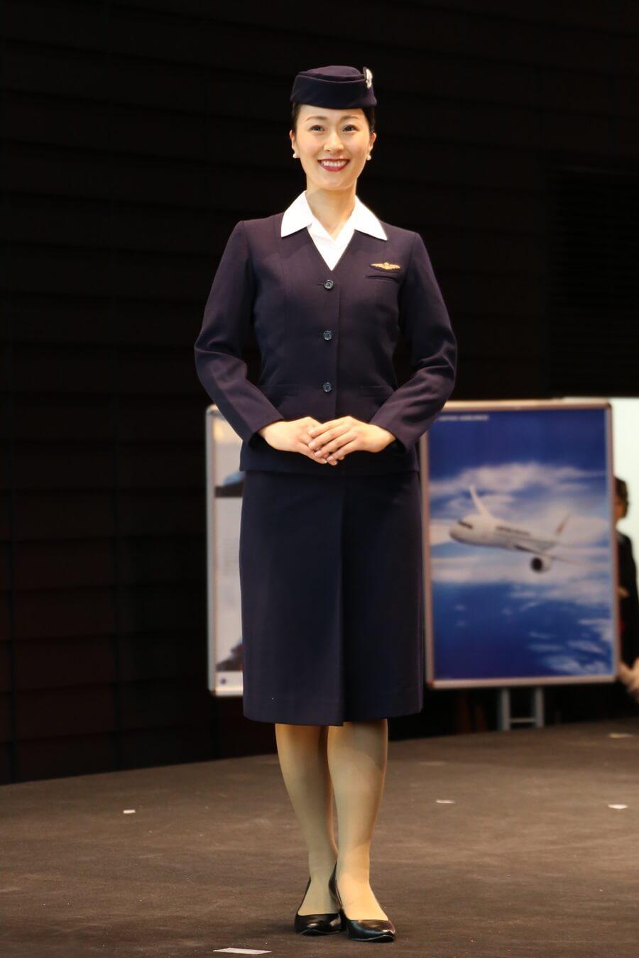 日本航空2代目制服 JALとJEX客室乗務員歴代制服ファッションショー 客室乗務員 スチワーデス 歴代ユニフォーム 制服 空の日フェスティバル JAL fashion show (15)