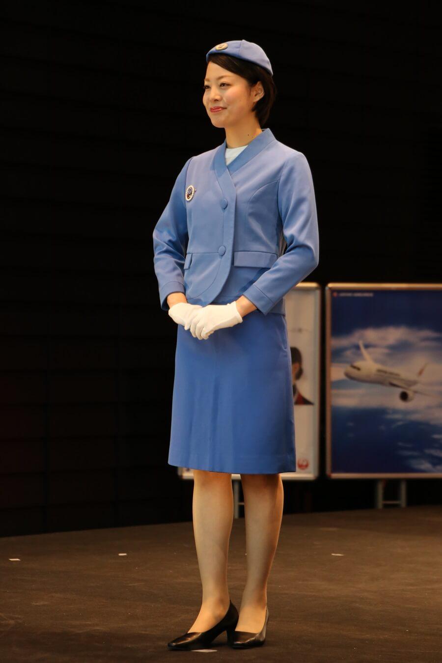 日本航空4代目制服 JALとJEX客室乗務員歴代制服ファッションショー 客室乗務員 スチワーデス 歴代ユニフォーム 制服 空の日フェスティバル JAL fashion show (16)