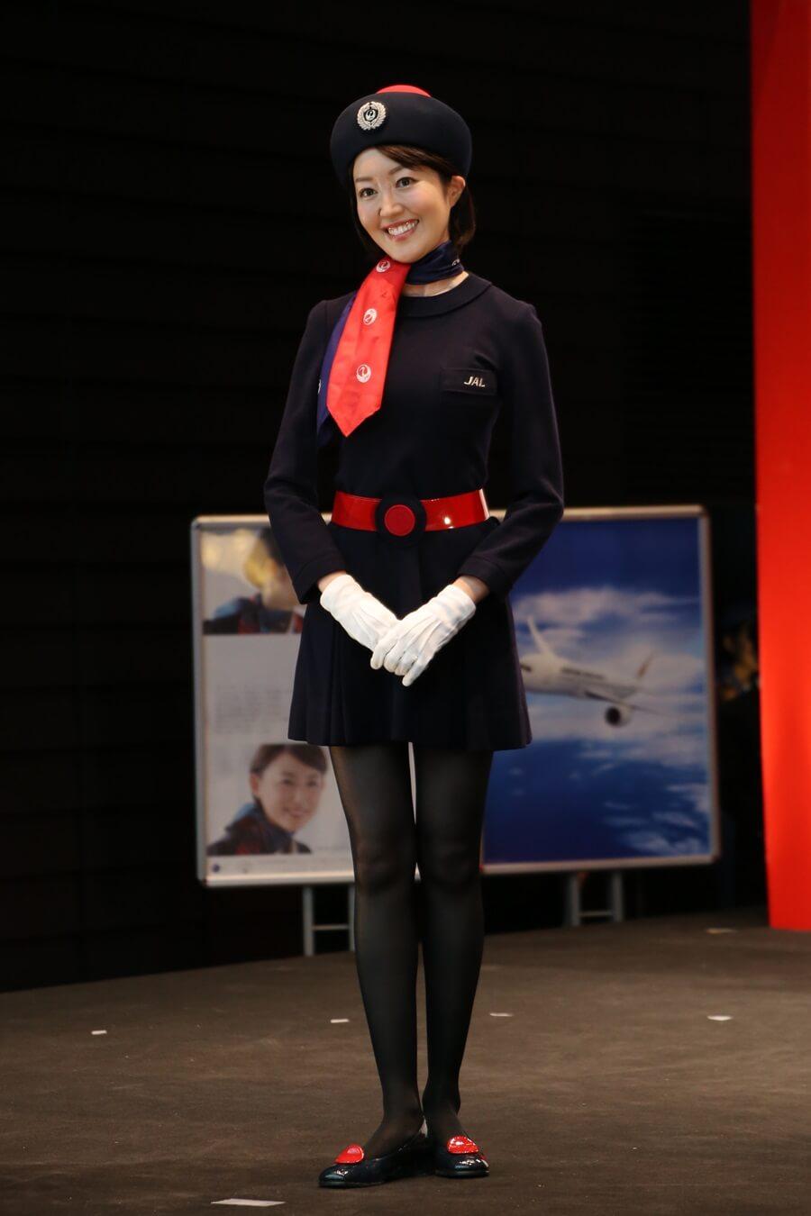 日本航空5代目制服 JALとJEX客室乗務員歴代制服ファッションショー 客室乗務員 スチワーデス 歴代ユニフォーム 制服 空の日フェスティバル JAL fashion show (17)