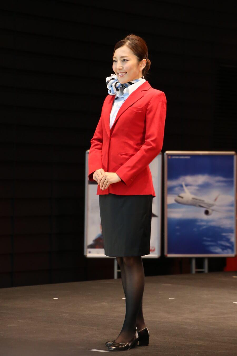JEX2代目制服 JALとJEX客室乗務員歴代制服ファッションショー 客室乗務員 スチワーデス 歴代ユニフォーム 制服 空の日フェスティバル JAL fashion show JAL Express JEX (2)