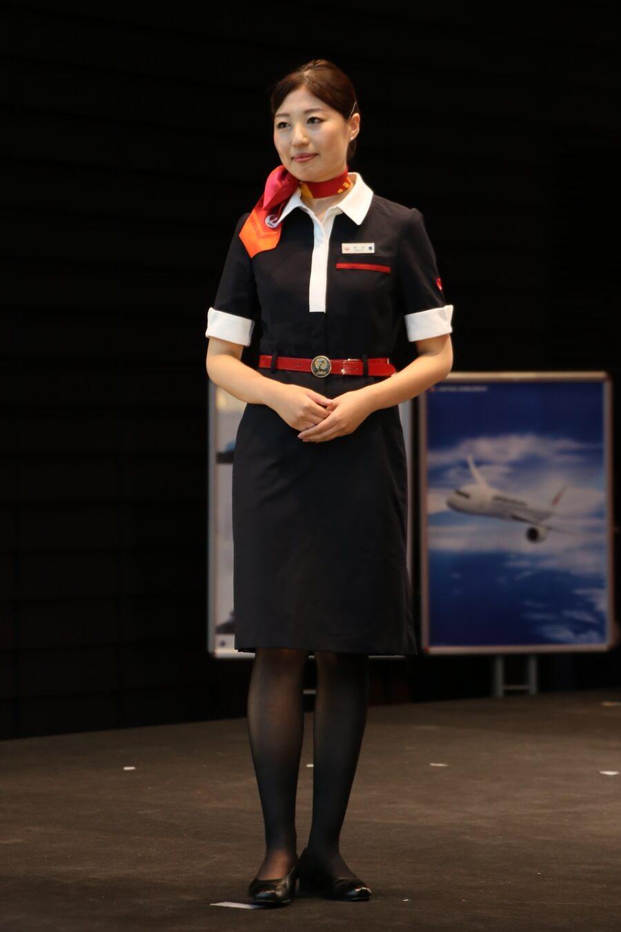 JEX3代目制服 JALとJEX客室乗務員歴代制服ファッションショー 客室乗務員 スチワーデス 歴代ユニフォーム 制服 空の日フェスティバル JAL fashion show JAL Express JEX (3)