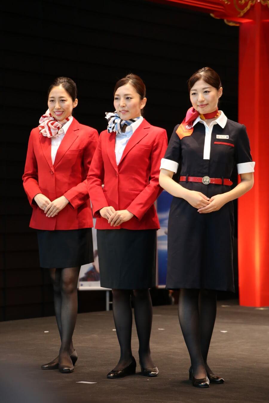 JEX制服 JALとJEX客室乗務員歴代制服ファッションショー 客室乗務員 スチワーデス 歴代ユニフォーム 制服 空の日フェスティバル JAL fashion show JAL Express JEX (4)