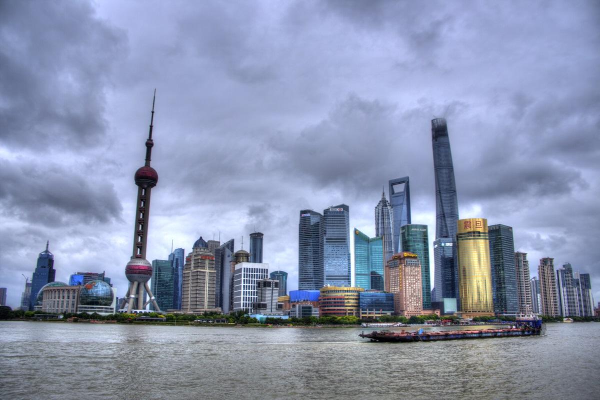 バンドもしくは外灘(ワイタン)から眺める上海浦東地区 Shanghai Pudong
