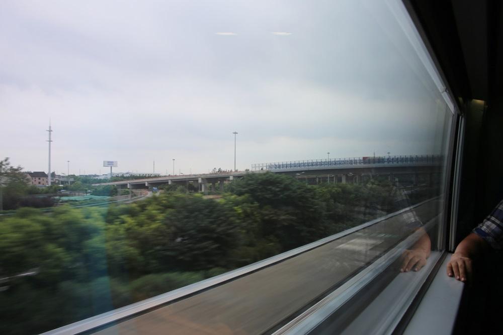 リニアモーターカー 上海浦東国際空港ー竜陽路駅 上海トランスラピッド linear motor car (6)