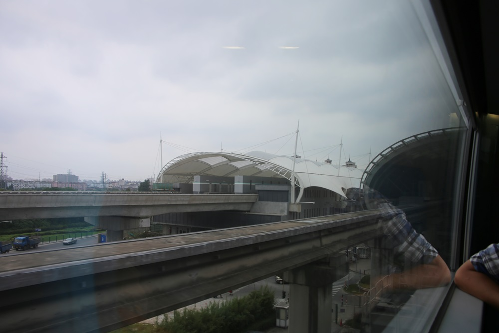 リニアモーターカー 上海浦東国際空港ー竜陽路駅 上海トランスラピッド linear motor car (8)