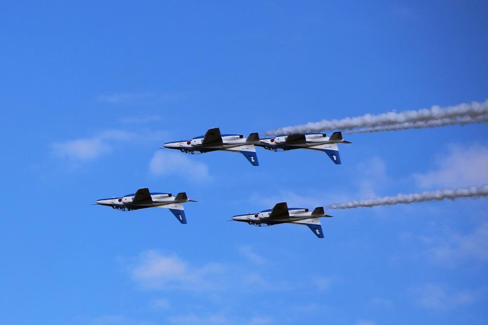 フォーシップインバーテッド  ブルーインパルス 西武池袋線 稲荷山公園駅 2014年入間基地航空祭 4 SHIP INVERTEDBlue Impulse 2014 iruma  fly team (255)