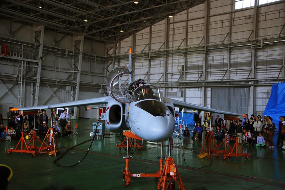 T-4 (練習機) 西武池袋線 稲荷山公園駅 2014年入間基地航空祭 T-4 2014 iruma  fly team (24)