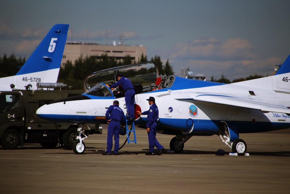 ブルーインパルス 西武池袋線 稲荷山公園駅 2014年入間基地航空祭 Blue Impulse 2014 iruma  fly team (58)