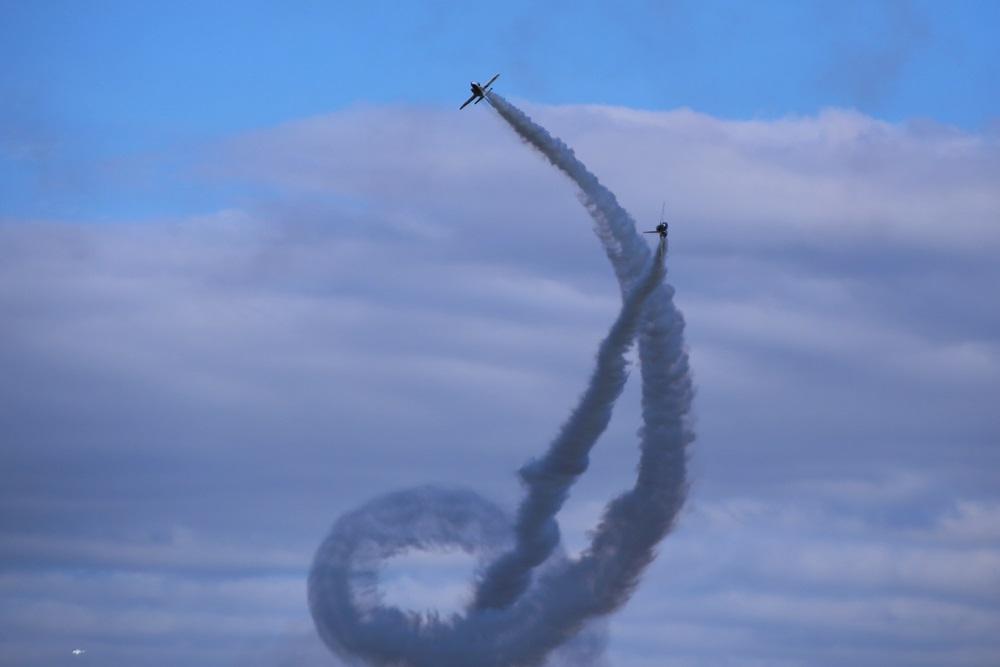 コークスクリュー ブルーインパルス 西武池袋線 稲荷山公園駅 2014年入間基地航空祭 CORKSCREW Blue Impulse 2014 iruma  fly team (328)