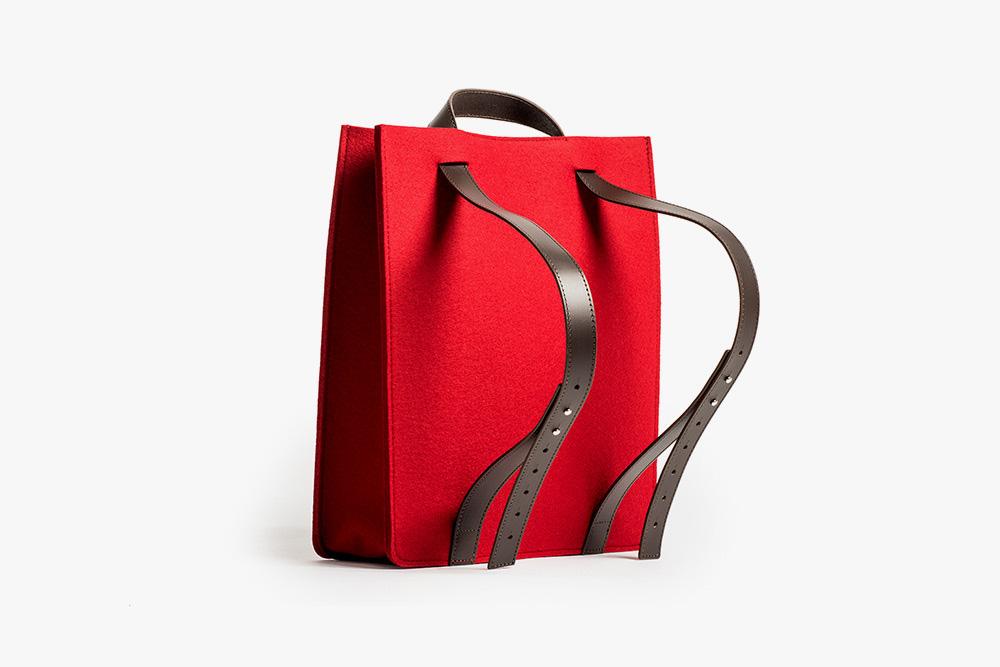 シンプルを絵に描いたような2WAYバッグ クノールのトートバッグ&リュックサック  KNOLL DEBUTS A LINE OF SMART FELT BAGS