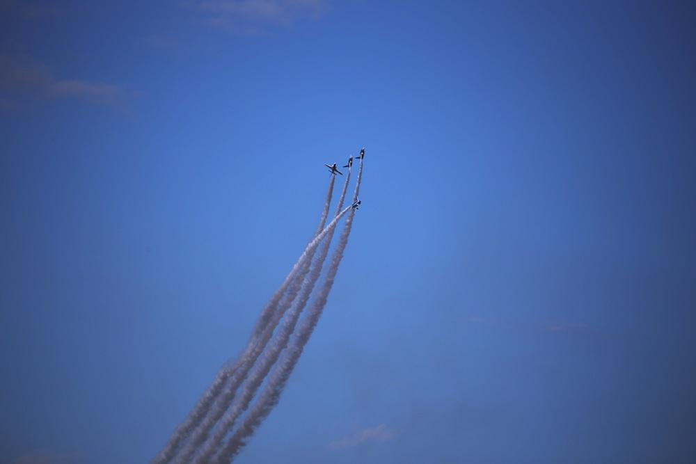 ローリングコンバットピッチ  ブルーインパルス 西武池袋線 稲荷山公園駅 2014年入間基地航空祭 ROLLING COMBAT PITCH Blue Impulse 2014 iruma  fly team (304)