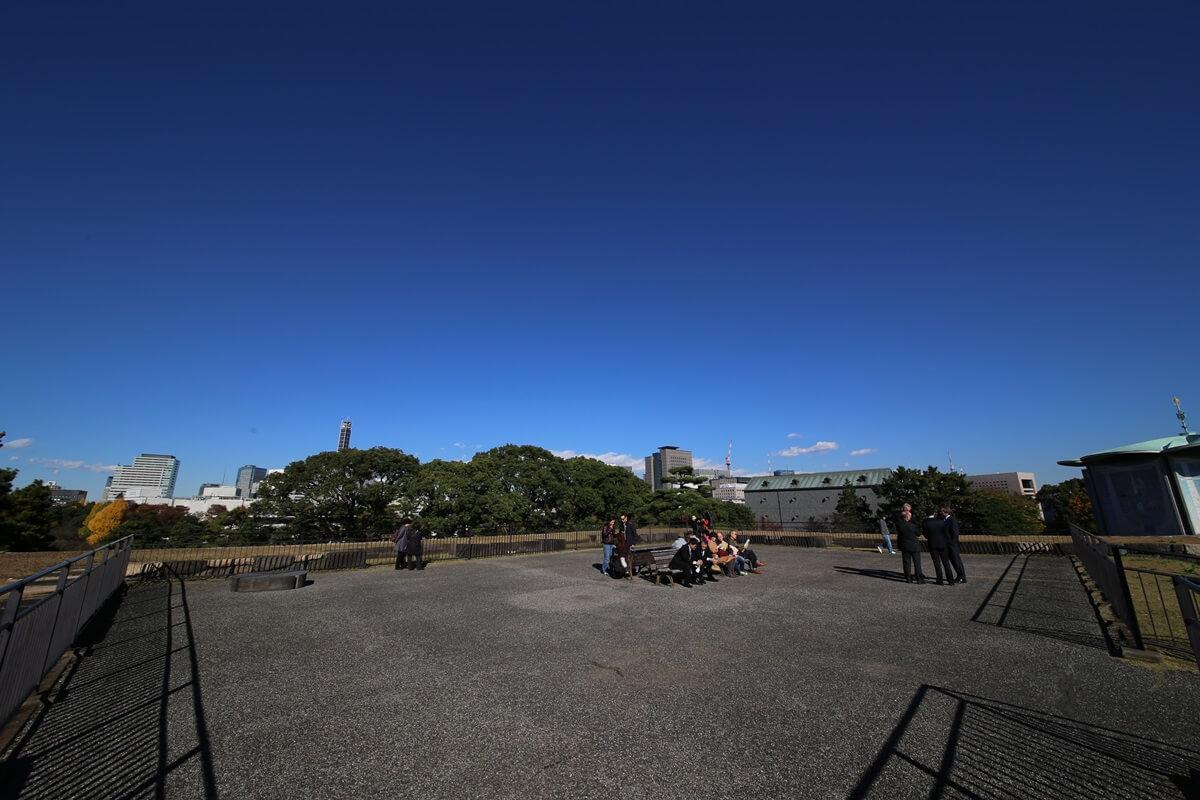 天主台展望台 旧江戸城跡地の紅葉 kokyo_koyo (23)