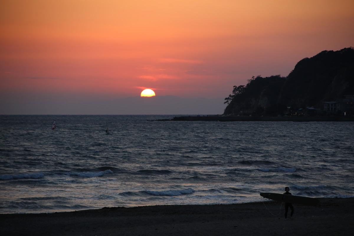鎌倉 由比ヶ浜 沈みゆく太陽 yuigahama (6)