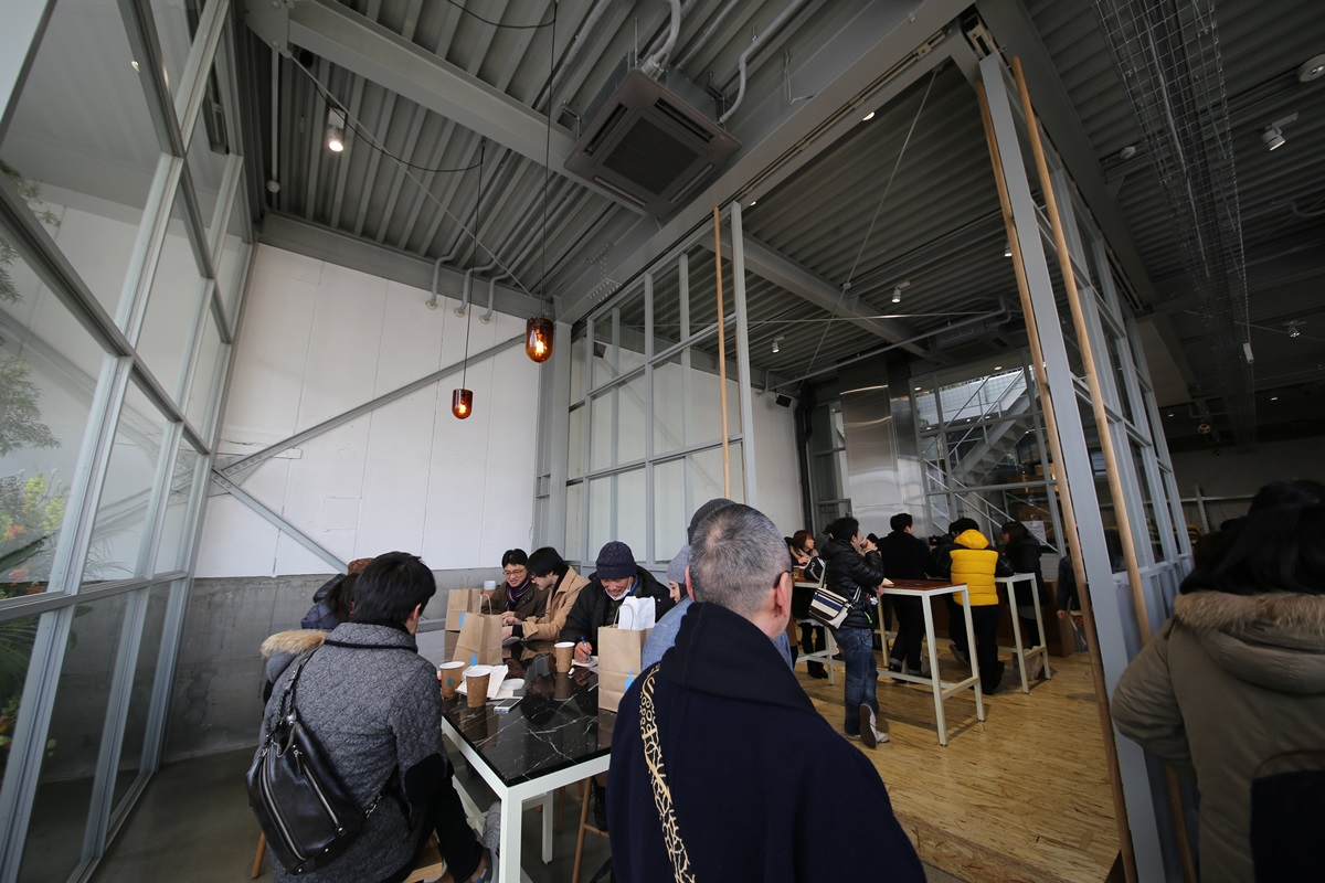ブルーボトルコーヒー  清澄白河ロースタリー&カフェ Blue Bottle Coffee Japan (11)