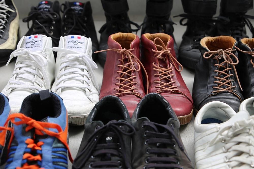 13足のスニーカー sneaker (2)