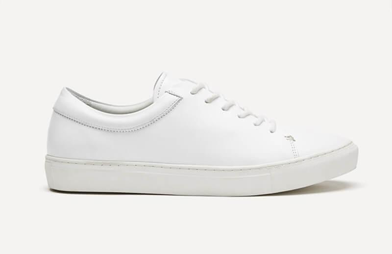 白いスニーカー white_sneaker